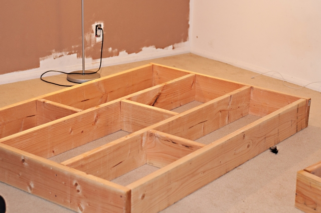 301 moved permanently for Build your own platform bed